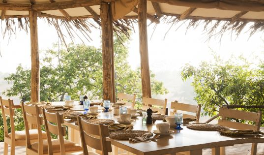 Breakfast at Lamai Private. Your own exclusive corner of Northern Serengeti.