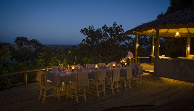 Dinner under the stars at Lamai Serengeti.