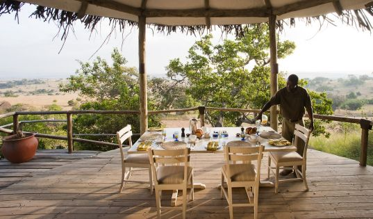 Breakfast with endless Serengeti views from Lamai Serengeti.